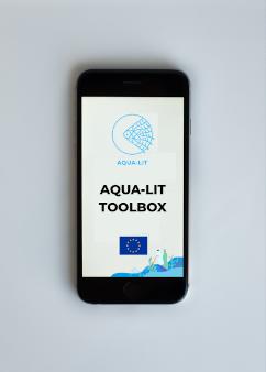 AQUA-LIT mobile app